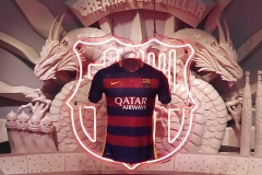 Expositor camiseta FC BARCELONA 2015. Tienda Camp Nou