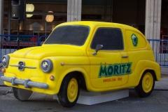 Seat 600 MORITZ. Talla en directo en  Autoretro 2010. Barcelona